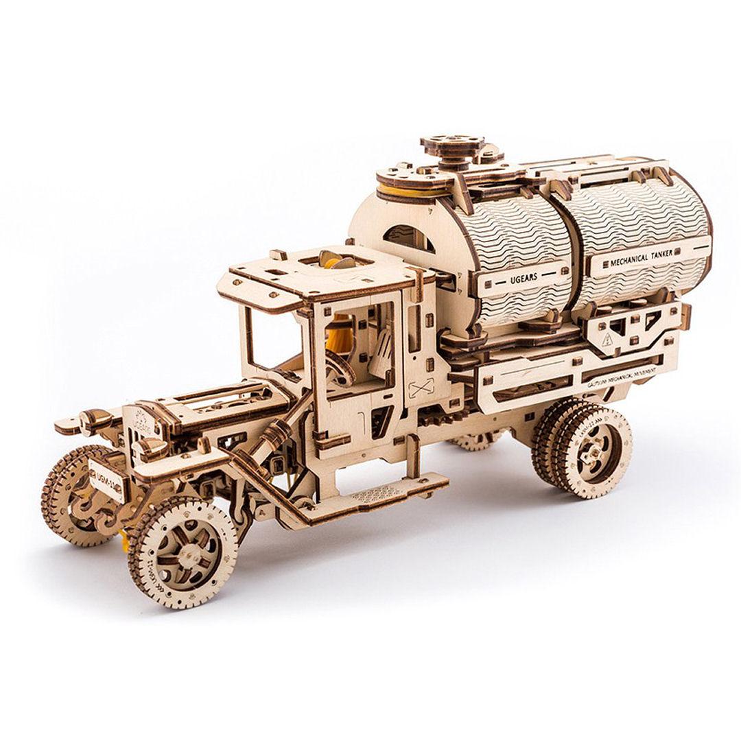 UGEARS Camión cisterna